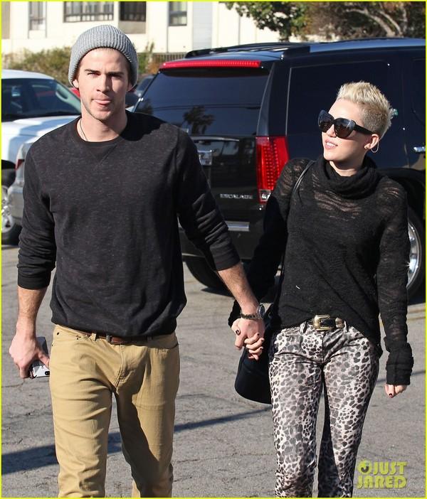 Miley Cyrus déjà mariée ? Elle donne un  indice sur Twitter